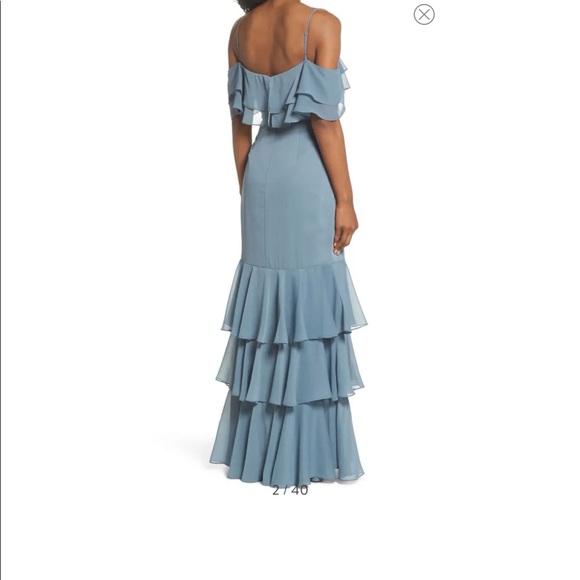 NWT WAYF Lauren Cold Shoulder Tiered Gown XXS